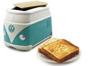 Toaster Makes Adorable Volkswagen Minibus Toaster Burns Vw Logo On