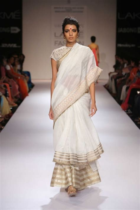 neat saree draping 25 ways to drape your saree in the most stylish