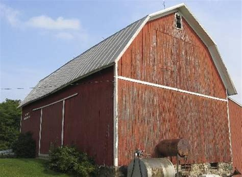 barn roof types 11 different types of roofs and styles pictures