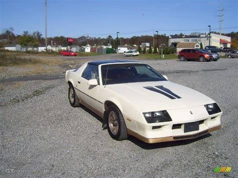camaro z28 1984 1984 beige chevrolet camaro z28 55487777 photo 3