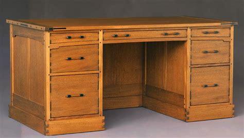 diy executive desk 25 best ideas about desk plans on woodworking desk plans build a desk and rogue build