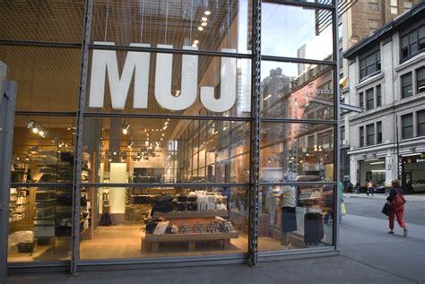 Muji Store Nyc | muji store nyc exterior home voyeurs a peek into homes