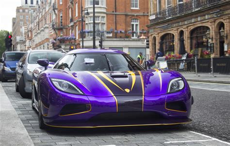 koenigsegg purple purple koenigsegg agera r zijin spotted in london streets