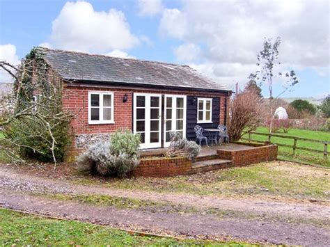 Cottages To Hire In Dorset by Orchard House Cottage In Shillingstone This Ground Floor