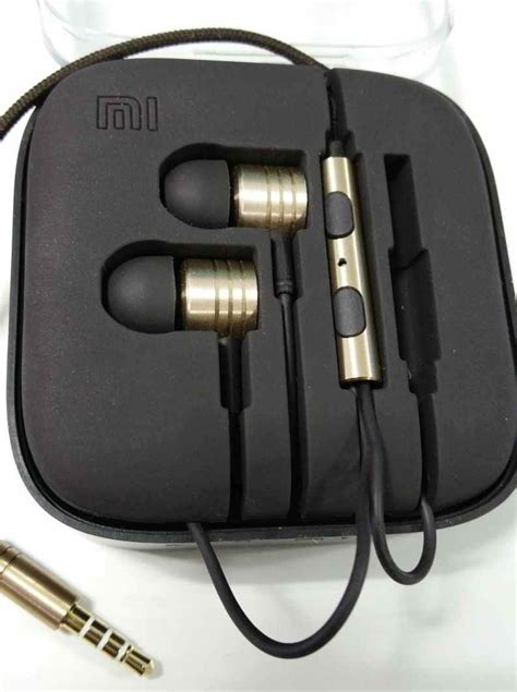 Headset Xiaomi Mi Piston Xiaomi Mi Piston In Ear Earphone Review Affordable Headset With Decent Bass Ibtimes India