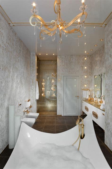 goldene kronleuchter das ultimative luxus bad f 252 r ein einzigartiges wohlf 252 hl