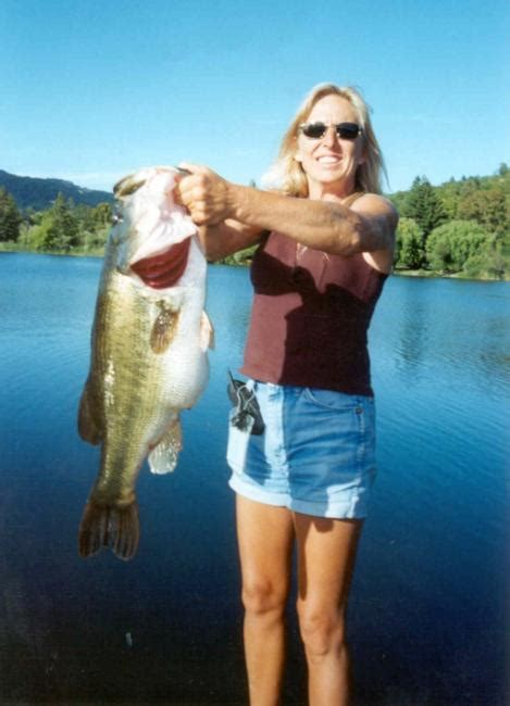 biggest bass boat in the world california woman breaks perry s 71 year old largemouth