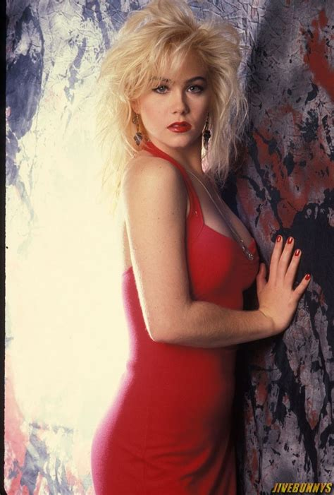 kelly bundys body 25 best images about christina applegate on pinterest