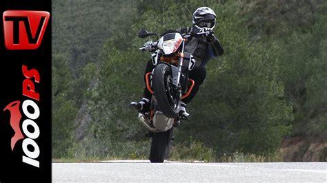 Ktm Motorrad Video by Video Ktm 690 Duke 2014 Actionszenen Wheelies Drifts