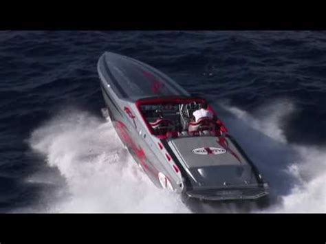 cigarette boat racing youtube cigarette racing team 42 x youtube