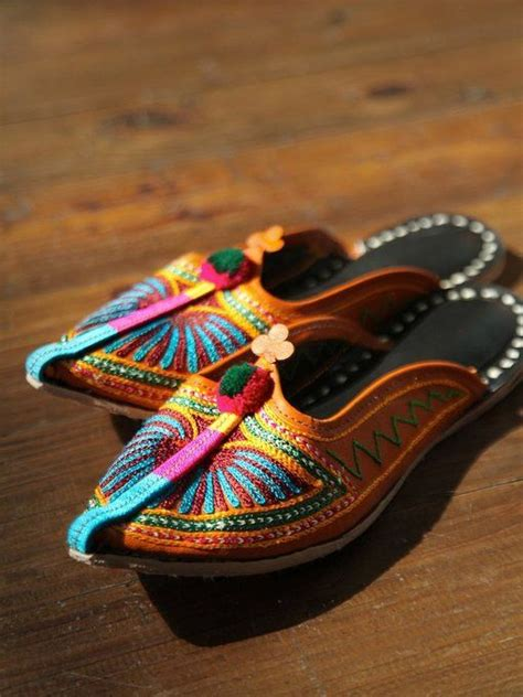 beautiful moroccan leather house shoe all the extras