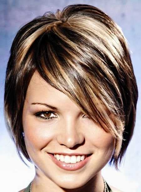 short brown hair with blonde highlights 35 short hair color ideas short hairstyles 2017 2018