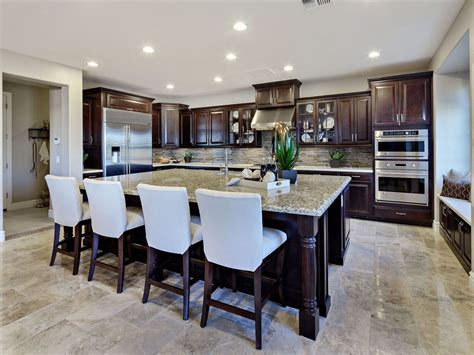 Kitchen Islands That Seat 4 by Traditional Kitchen With Flush Amp Raised Panel Zillow