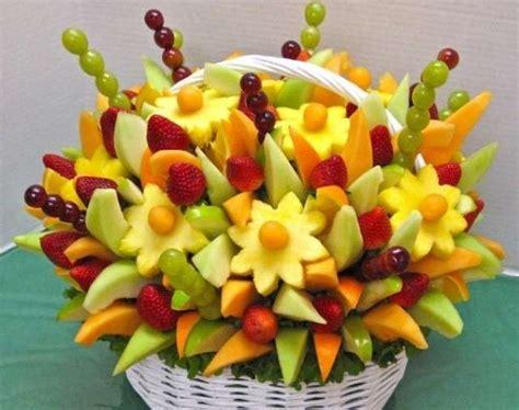 fiori con la frutta decorare la tavola per un buffet foto 25 40 design mag