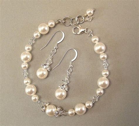 white pearl and swarovski bridesmaid bracelet and