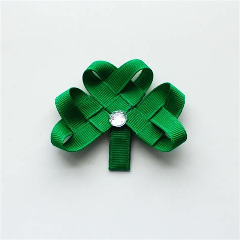 ribbon shamrock instructions woven shamrock hair clip holidays st patrick s day