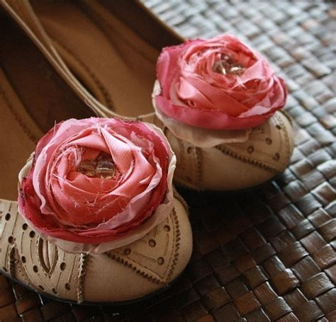 diy flower shoes fabric flower tutorials rolled and fluffy cabbage roses