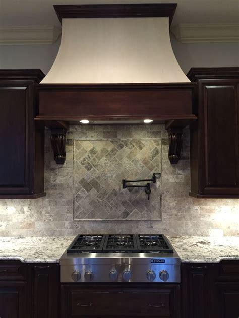 kitchen backsplash design tool travertine tile kitchen travertine backsplash designs best 25 travertine tile