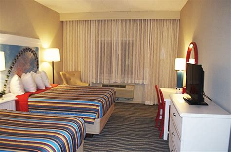 Hotel Breakers Rooms 2 wired 2 tired travels cedar point hotel breakers review