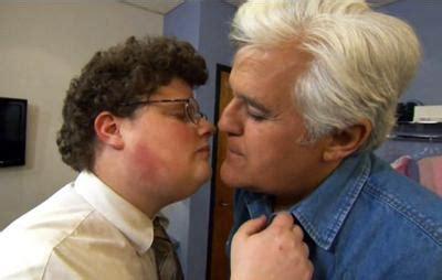 ciuman film fiksi murka cinta 7 adegan ciuman yang gagal sajikan momen romantis