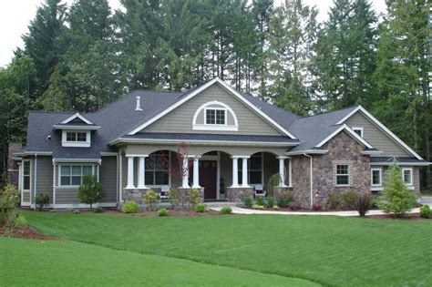traditional craftsman house plans traditional style house plan 4 beds 3 baths 3500 sq ft