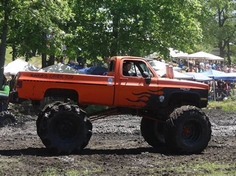 Trucks Mud Bogging At Perkins Mud Bog 2014 The