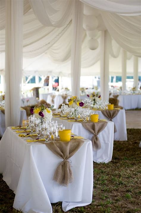 Burlap Wedding Table Decorations by Burlap Table Runners Bb S Wedding Ideas