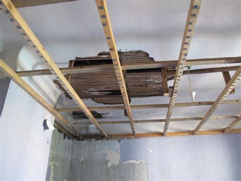 Renover Plafond Platre by Trou Plafond En Canisse