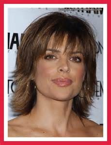 chop hairstyle for longer version 66 best images about lisa rinna hairstyle on pinterest