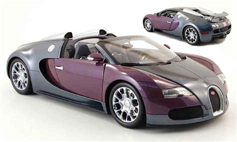 Bugatti Veyron Model Car 1 43 Scale 2005 Blue Ixo Atlas 2891011 Mythiq bugatti veyron grand sport gray lila 2009 minichs