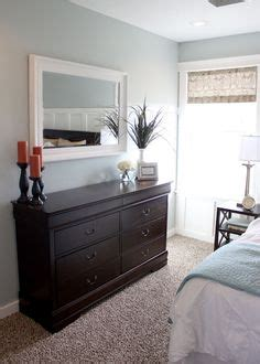 where can i sell my bedroom set 1000 ideas about bedroom dressers on pinterest green
