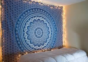 Tapestry For Bedroom Blue Ombre Tapestry Tapestry Ombre And Dorm