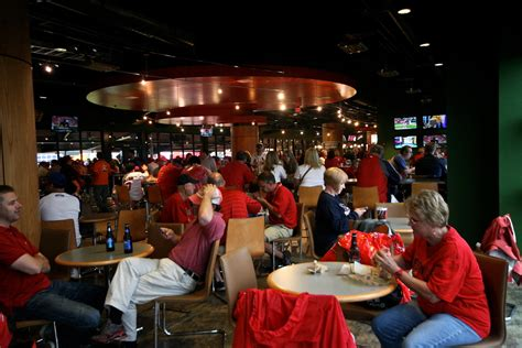 redbird club seats day 20 the st louis cardinals rounding third