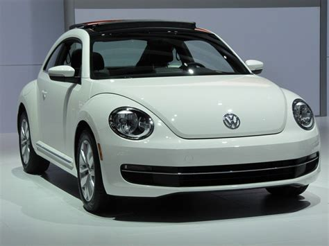 vw volkswagen beetle 2013 volkswagen beetle tdi live photos 2012 chicago auto show