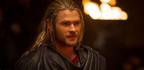 film thor chris chris hemsworth explains how brother liam almost cast as