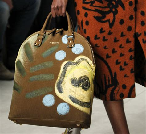 Burberry 2008 Handbags Runway Review by Burberry Fall 2014 Runway Bags 22 For Best Designer