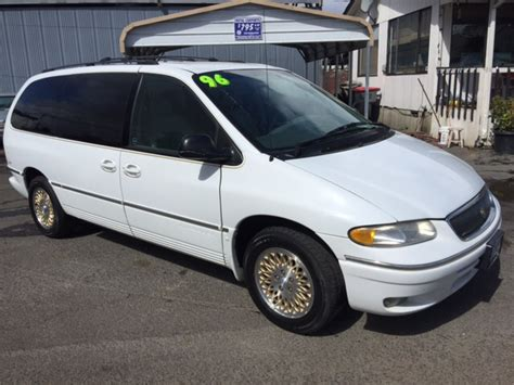 1996 Chrysler Town And Country Lxi by 1996 Chrysler Town And Country Lxi 4dr Extended Mini