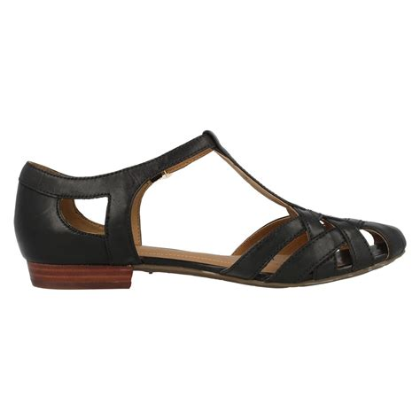 closed sandals clarks leather closed toe sandals henderson luck