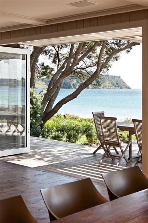 dream beach cottage with neutral coastal decor home onetangi beach house sumich chaplin architects