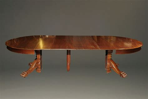 antique pedestal table with leaves