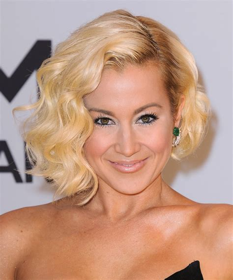 back view of kellie picklers hairstyles back view of kellie pickler bob have you seen kellie
