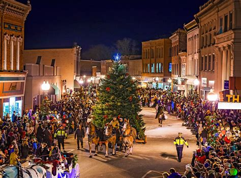 michigan christmas picture fashioned in manistee michigan midwest living