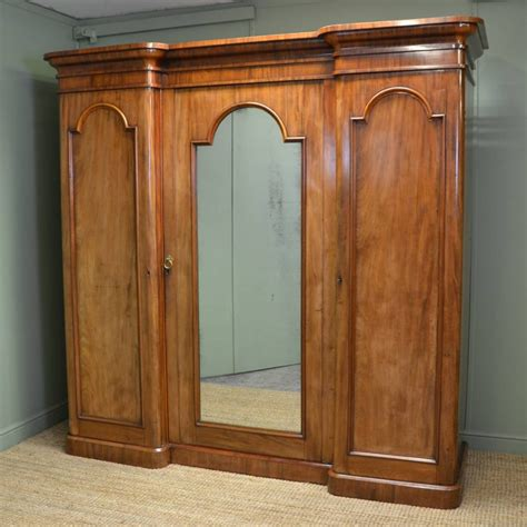 Large Wardrobe by Large Mahogany Antique Wardrobe 304320 Sellingantiques Co Uk