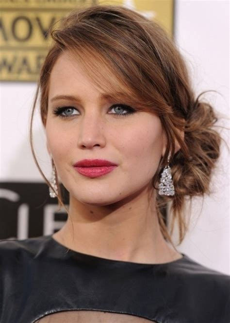 updo for small chin top 100 hairstyles for round faces herinterest com