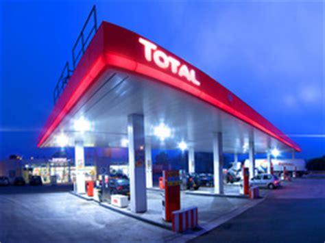 total va lancer  reseau de  stations service  cost