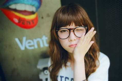 hairstyles bangs and glasses top 30 hairstyles with bangs and glasses the perfect