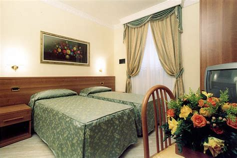 last minute hotel rooms affordable hotel rooms reservation in rome also last minute hotel magic