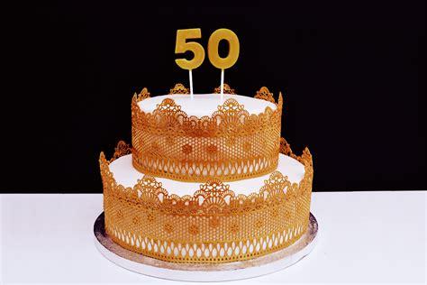 Hochzeitstorte 50 Jahre by Saras Cupcakery F 252 Nfzig Jahre Gl 252 Ck Und Liebe Goldene