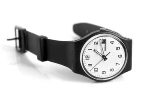 Kratzer Fensterglas Polieren by Uhrenglas Polieren So Machen Es Sammler