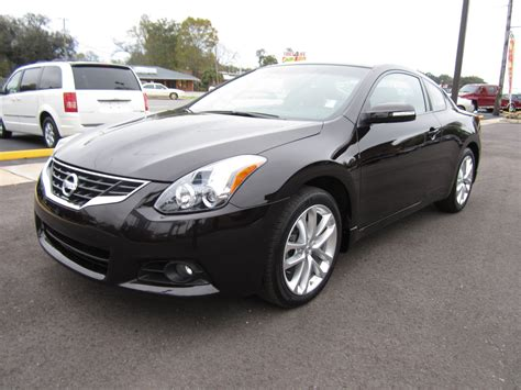 nissan altima coupe 2011 picture of 2011 nissan altima coupe 3 5 sr exterior